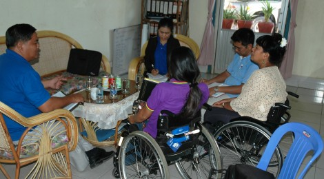 Meeting with CDPO to establish a Cambodian Spinal Cord Injury Association
